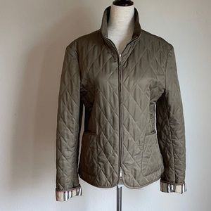 BURBERRY OLIVE GREEN QUILTED BRIT JACKET SMALL